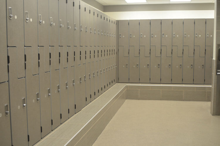 Chuze Fitness Lockers